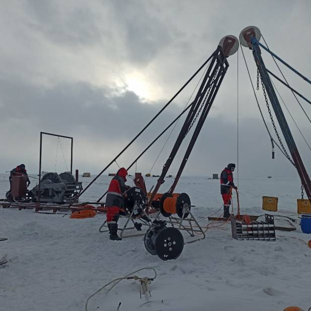 Annual Expedition to Construct the Baikal Neutrino Telescope in Full Flow